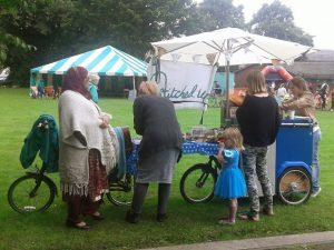 bike-trailer-in-action-celebrate-2016